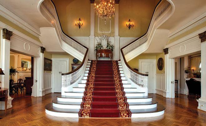 trang trí bậc tam cấp cầu thang bằng thảm
